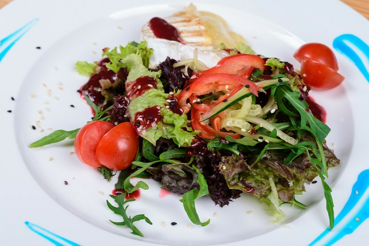 sweet fall salad with cranberry poppy seed dressing