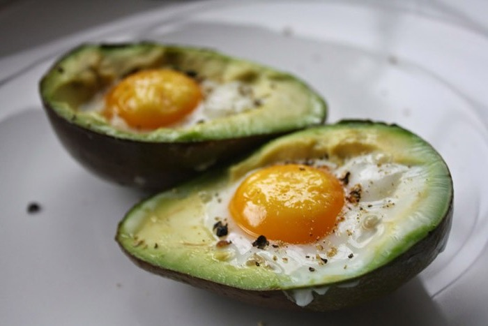 Scrambled eggs with avocado in the oven
